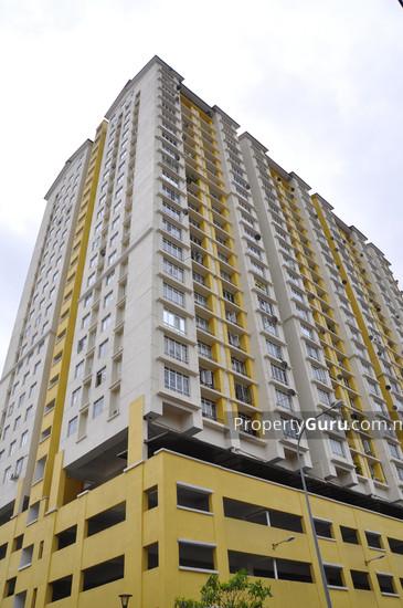 Casa Prima Condominium  398