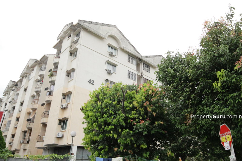 Teratai Mewah Apartment Block 42 #3394